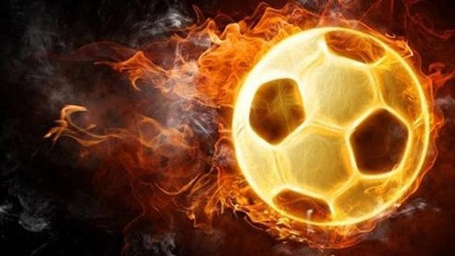 Akhisarspor'da 2 futbolcu ile yollar ayrıldı