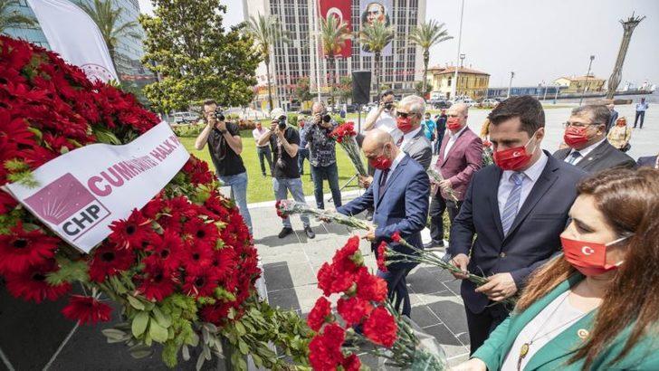 İzmir'de İki Farklı 19 Mayıs Kutlaması