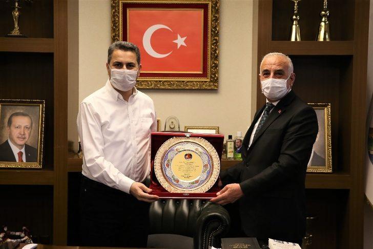 """Başkan Eroğlu: """"Vakaların sıfırlandığı, pandeminin olmadığı bir sürece doğru gidiyoruz"""""""