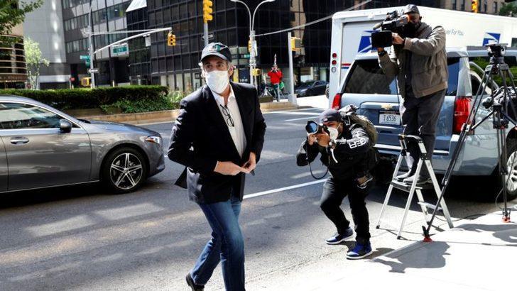 Trump'ın Eski Avukatı Cohen Ev Hapsine Alındı
