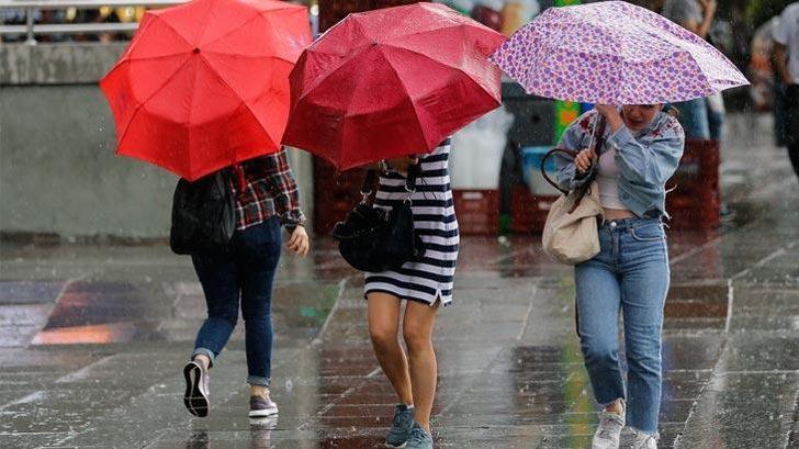 Meteoroloji'den sağanak yağış ve fırtına uyarısı geldi