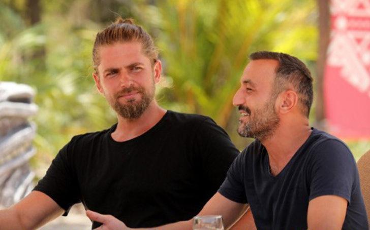 Survivor Mert ve Ersin barıştı mı? Canlı yayında açıkladı: Elenir elenmez yanına koştum