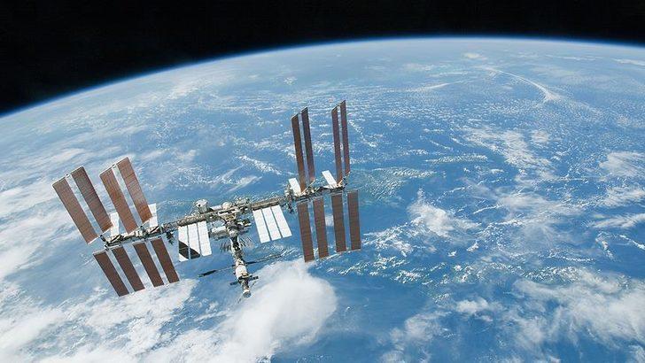 """Japonya'nın """"Kounotori"""" kargo mekiği, Uluslararası Uzay İstasyonuna ulaştı"""