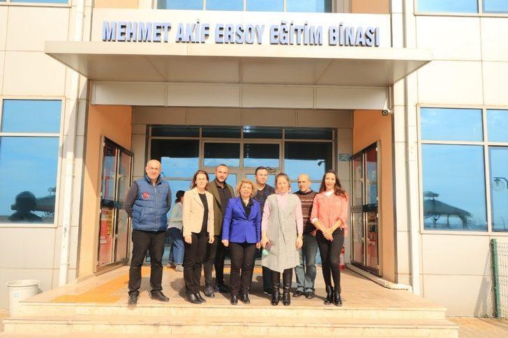 """Trakya Üniversitesi Eğitim Fakültesi'nde """"beşi bir yerde"""" akreditasyon"""