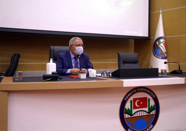 """Vali Ahmet Nayir: """"Virüste düşüş var ancak sıfır vakaya daha ulaşamadık"""""""