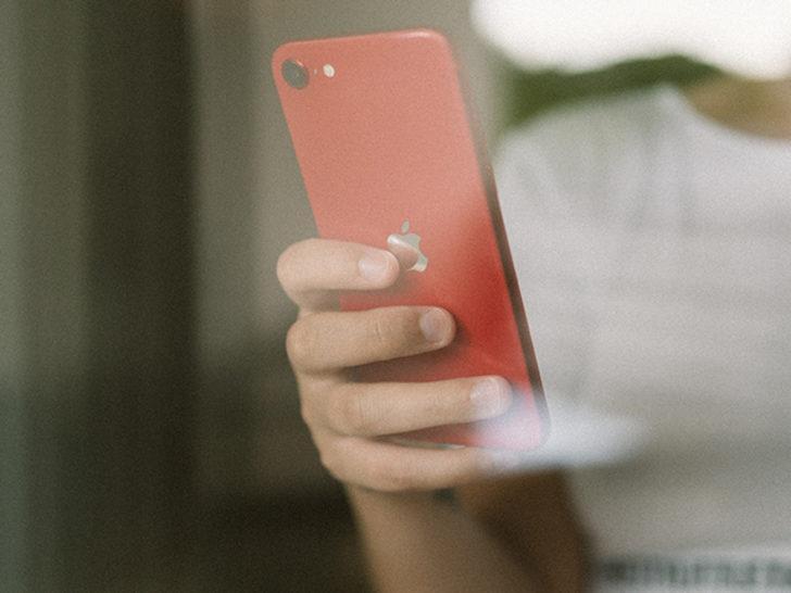 iPhone SE 2020 sonunda Türkiye'de satışa çıktı! Peki fiyatı değişti mi?