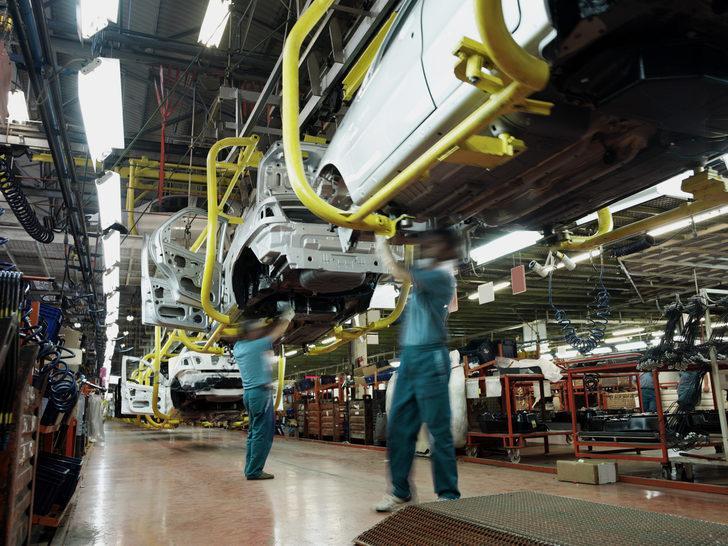 İngiltere'de 2. Dünya Savaşı'ndan sonra ilk! İngiltere'de nisanda sadece 197 otomobil üretildi