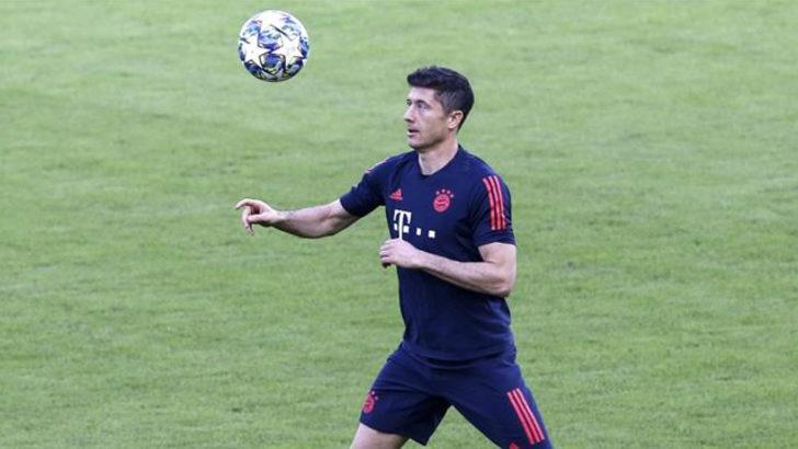 Bayern Münih'te Robert Lewandowski rekora koşuyor