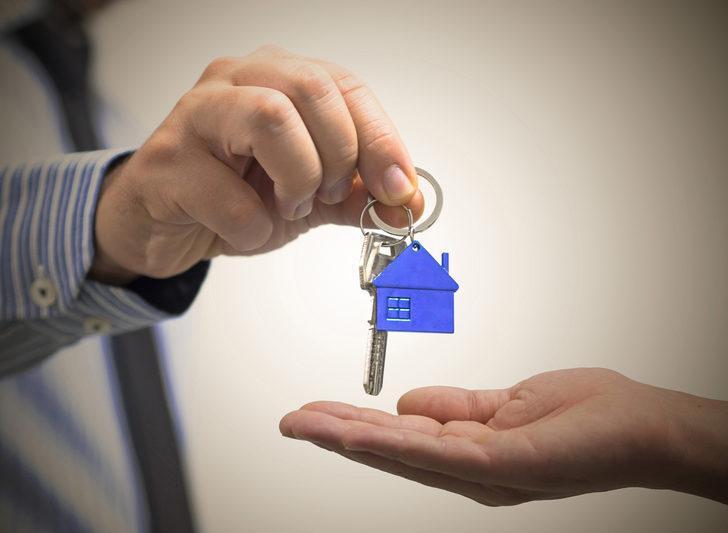 Uzmanlar uyarıyor! Şu an ev almak için doğru zaman mı? Fiyatlar düşer mi?
