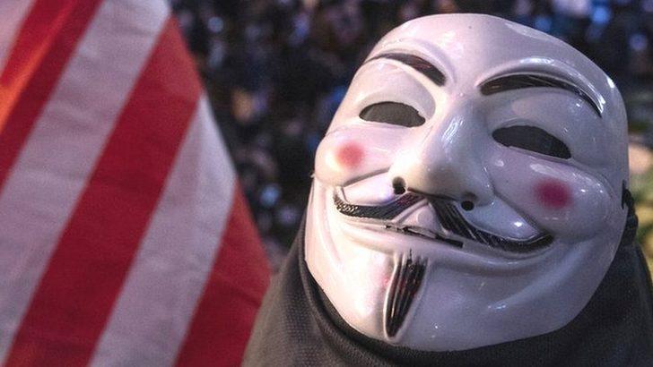 George Floyd: ABD'deki protestolar sırasında hacker grubu Anonymous da küllerinden doğdu