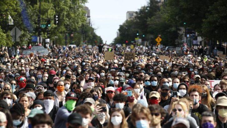 Amerika Protestoların Sekizinci Gününde Yine Sokakta