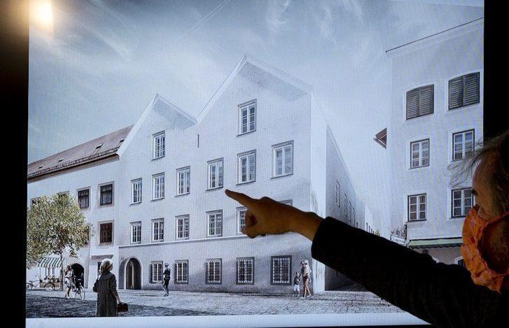 Hitler'in doğduğu ev polis merkezi oluyor
