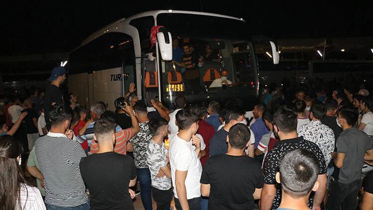 Adana'da 'pes' dedirten görüntü