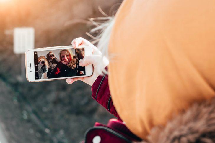 Apple'dan sosyal mesafeyi bozmadan selfie çekmek isteyenlere yeni çözüm!
