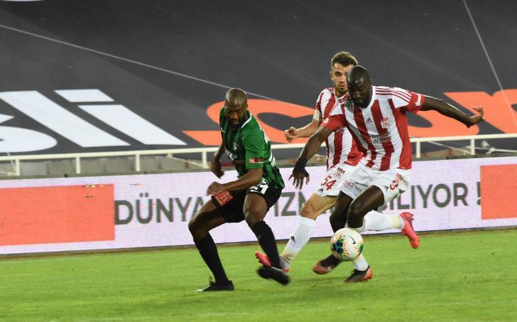 ÖZET   Demir Grup Sivasspor - Yukatel Denizlispor: 1-0