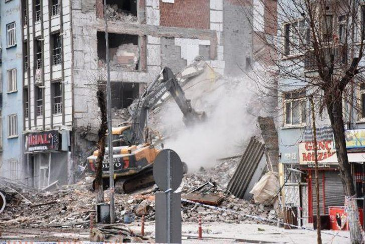 Malatya'daki depremin ardından korkutan açıklama! 'Büyük bir deprem beklentisi içerisindeyiz'