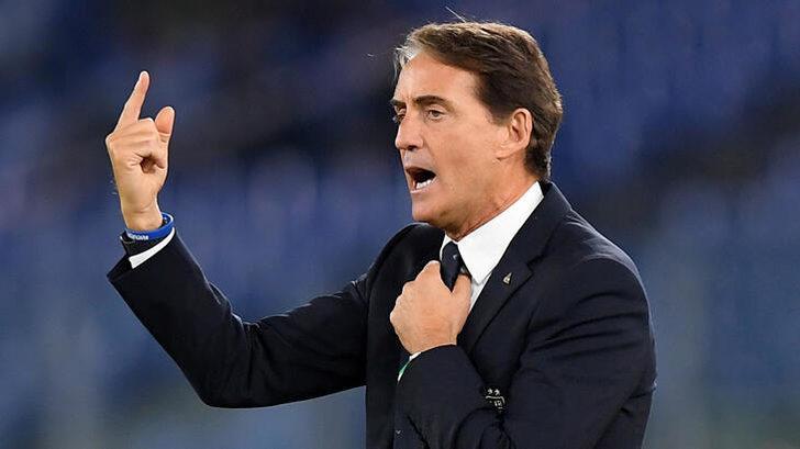 İtalya Milli Takımı Teknik Direktörü Mancini'den Balotelli'ye eleştiri