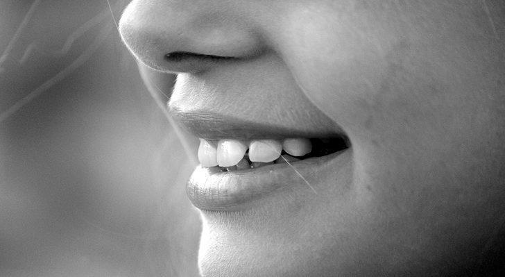 Rüyada Diş Görmek: Dişin Düşmesi, Rüyada Diş Çıkması