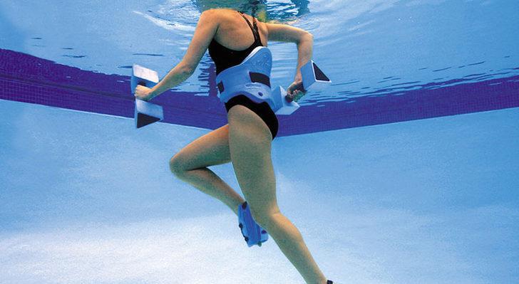 Yaz geliyorsa biz de suda egzersiz yaparız! Aqua Jog nedir?