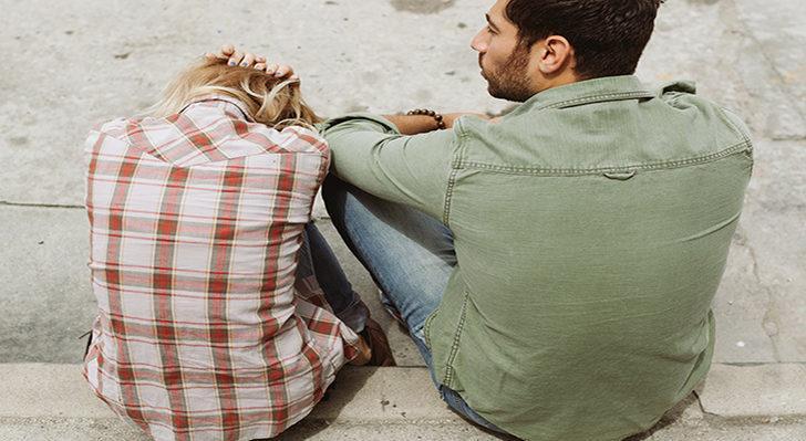 Bir ilişkide kadınların yaptığı 8 tipik hata