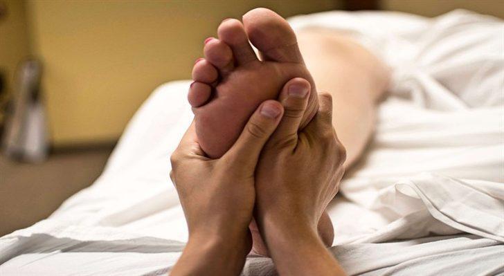 Topuk Dikeni Ağrılarınızı Azaltacak Egzersizler