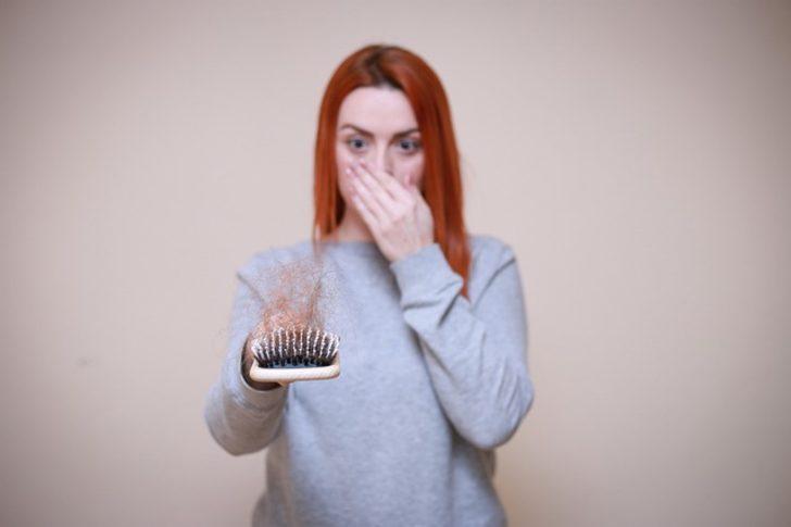 Saç dökülmesi: Neden olur, nasıl geçer?