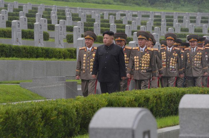 Kuzey Kore'den şaşırtan karar: Askıya aldı!