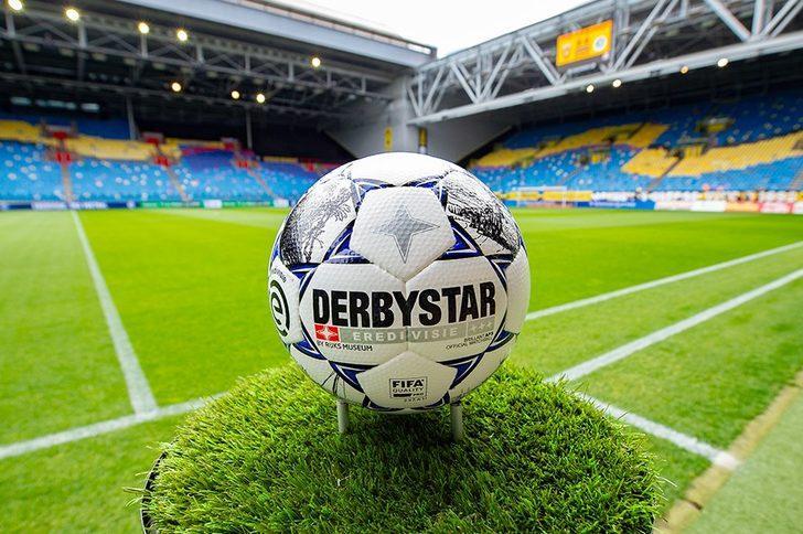 Hollanda, stadyumları 1 Eylül'de futbolseverlere açılıyor