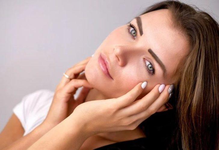 Uzmanından cildinizi canlandıracak öneriler! C vitamini, patates dilimi...