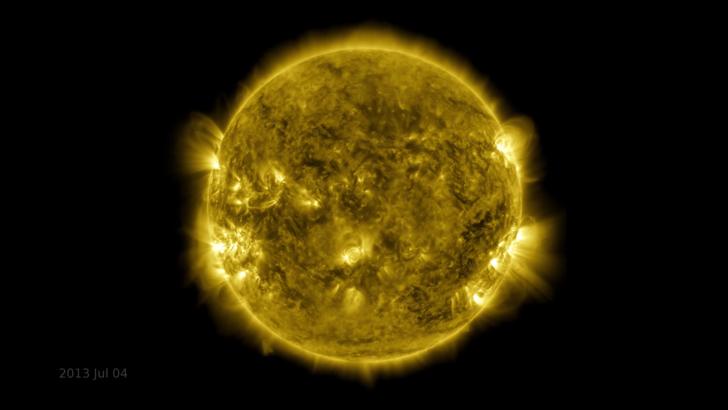 Görsel şölen sundu: NASA 425 milyon Güneş fotoğrafından video oluşturdu!