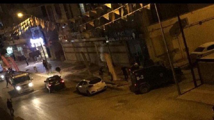 AK Parti Bismil İlçe Başkanlığı'na saldırı! Gözaltılar var