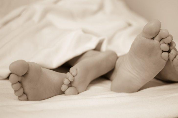 Evlilikte İlk Gece: Gerdek gecesi, pozisyonlar ve yapılacaklar
