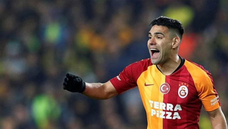 Falcao, Galatasaray'dan ayrılıyor mu? Açıklama geldi