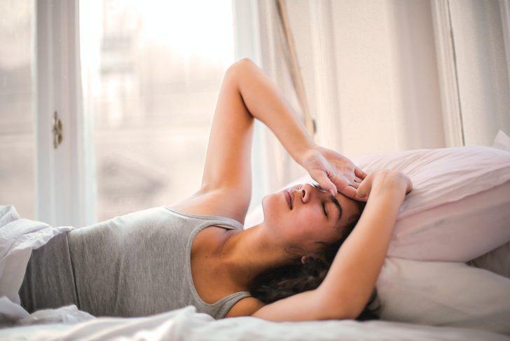 Baş ağrısına ne iyi gelir? Baş ağrısı nasıl geçer? Baş ağrısı için ne yapılır?