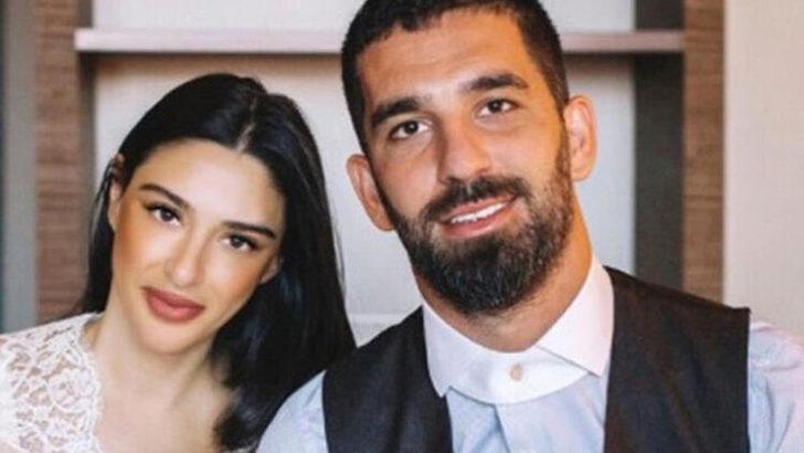 Arda Turan'ın eşi Aslıhan Doğan doğum yaptı! Dikkat çeken paylaşım