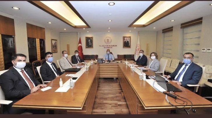 """Milletvekili Arvas: """"Van turizmde önemli bir destinasyon merkezidir"""""""
