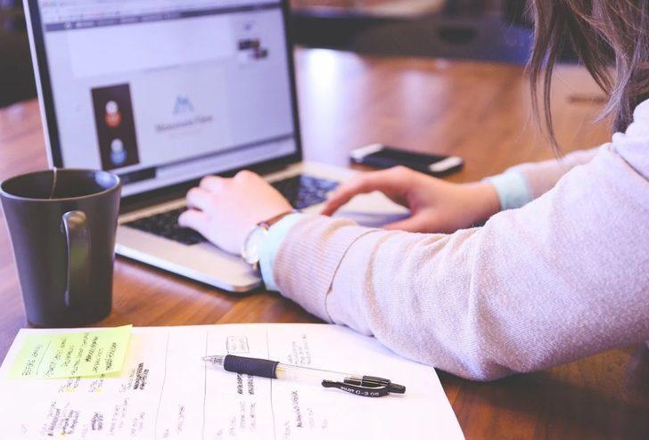 Bir işkoliği görür görür görmez tanımanızı sağlayacak 5 özellik