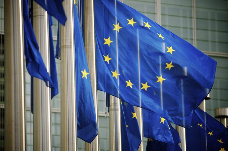 Avrupa Birliği 14 ülkeyle sınır kapılarını açıyor