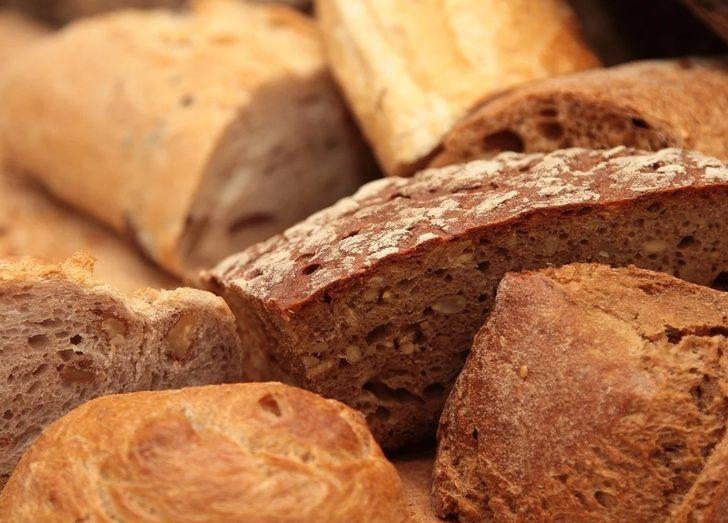 Bayat ekmekleri bir daha çöpe atmayacaksınız! İşte o lezzetli tarifler...