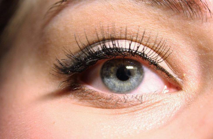 Sakın bu hataya düşmeyin! Göz tipinize uygun eyeliner sürmek için...