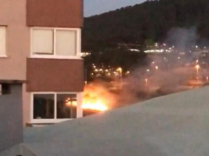 İstanbul'da asker uğurlamasında kışlayı yaktılar! Ekipler alarma geçti
