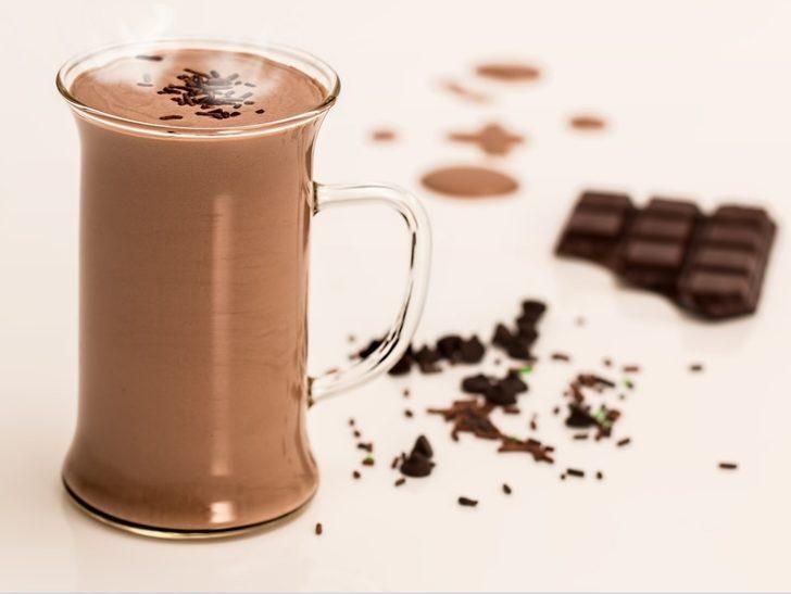 Acı biberli sıcak çikolata tarifi