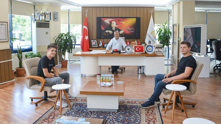 Başkan Özkan, CHP'li gençleri ağırladı