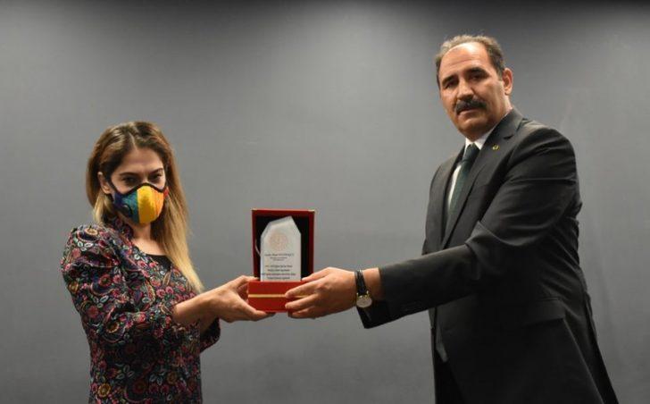 Erzincan'da bin 503 sertifika almaya hak kazandı
