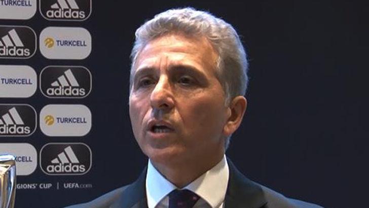 Ali Düşmez: Milli takım ve kulüpler için en doğru kararı alacağız