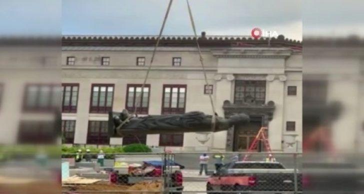 ABD'de Kristof Kolomb'un heykeli isminin verildiği şehirden kaldırıldı