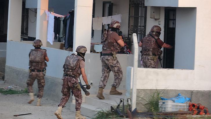 Adana'da suç örgütüne operasyon! Çok sayıda gözaltı