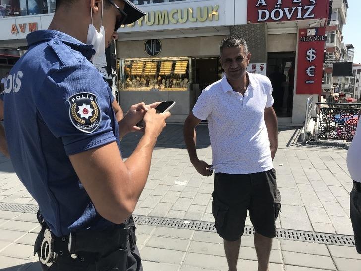 Maskesiz dışarı çıkan adamdan polise ilginç sözler
