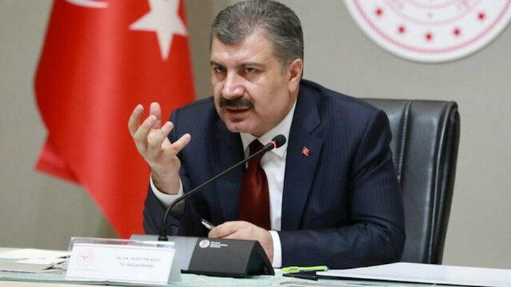 Haberi alıntılayarak uyardı! Sağlık Bakanı Fahrettin Koca'dan dikkat çeken düğün paylaşımı