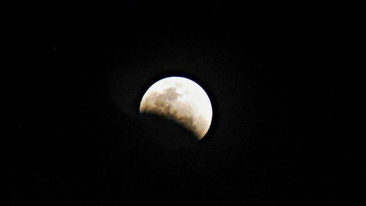 Parçalı ay tutulması Türkiye'de görülecek mi? Parçalı ay tutulması ne zaman gerçekleşecek?